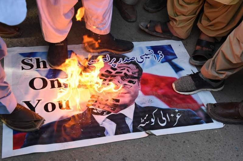法國總統馬克宏一系列被視為反伊斯蘭的言論引發穆斯林反彈。法新社