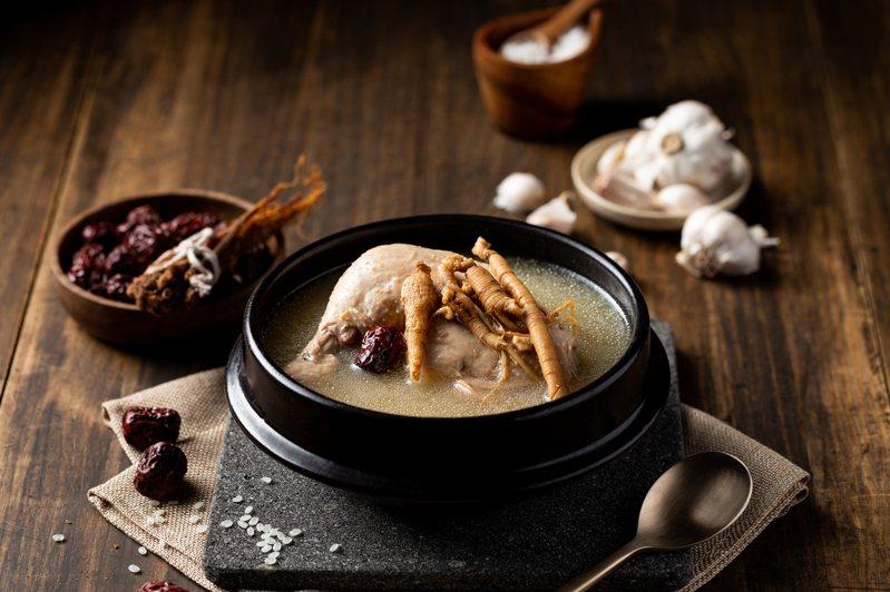 姜滿堂「韓國人蔘雞」,每份320元。圖/豆府集團提供