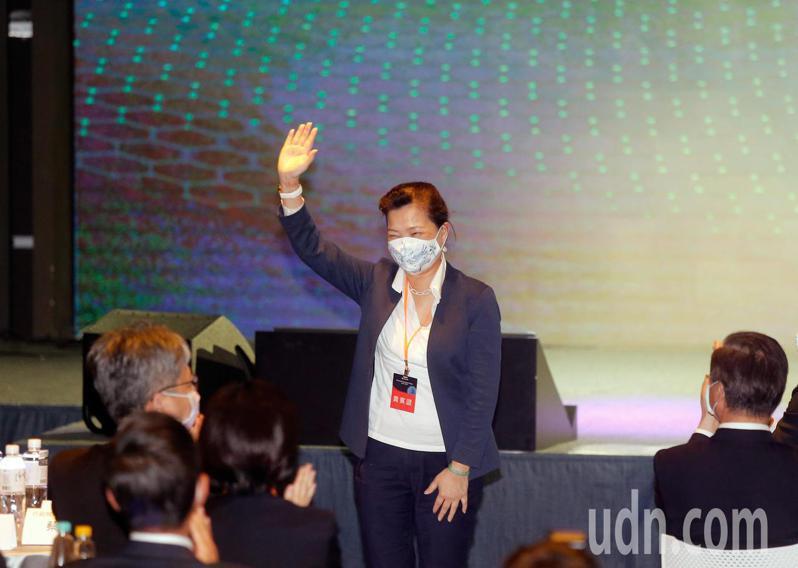 微軟下午宣布加碼投資台灣,經濟部長王美花親自出席。記者鄭超文/攝影