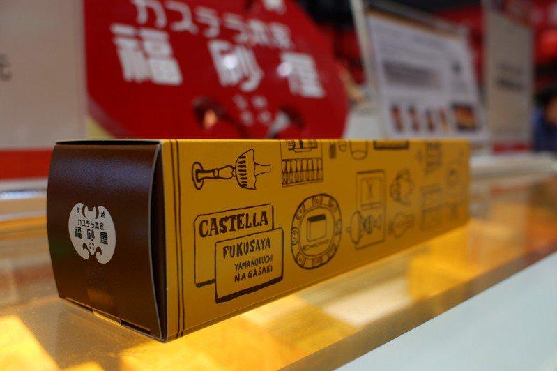 日本展期間最搶手的福砂屋長崎蛋糕,賣到不夠賣。記者江佩君/攝影