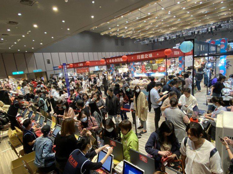 新光三越信義新天地日本展來客成長15%。圖/新光三越提供
