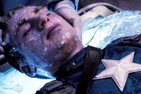 今年受到新冠肺炎疫情影響,成為自「鋼鐵人」的2008年以來,自從2009年之後,唯二沒有漫威電影的一年,不過漫威仍推出新書「瓦干達檔案」,為片中眾多英雄解密,其中也包括「美國隊長」史提夫羅傑斯當初掉...