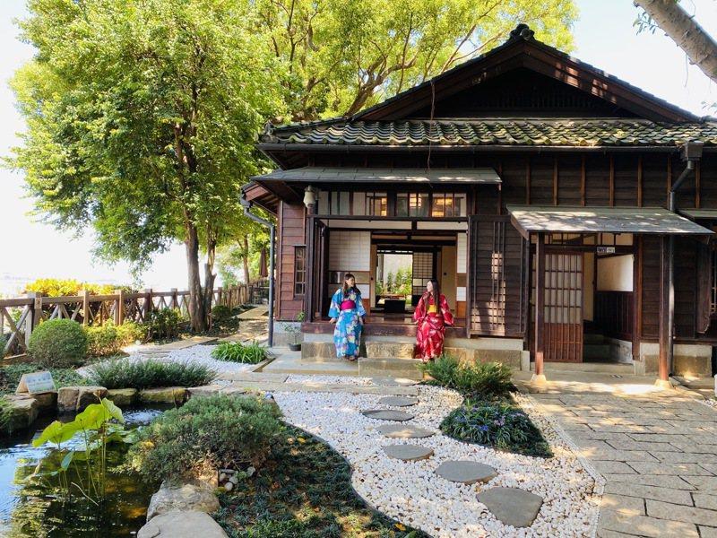 多田榮吉故居在日據時代是淡水街長多田榮吉的私人宅邸,在這能租借到相關服飾,當起近期風靡全日本的動漫「鬼滅之刃」Coser。記者王敏旭/攝影
