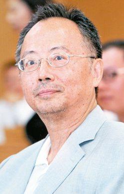 威盛董事長陳文琦