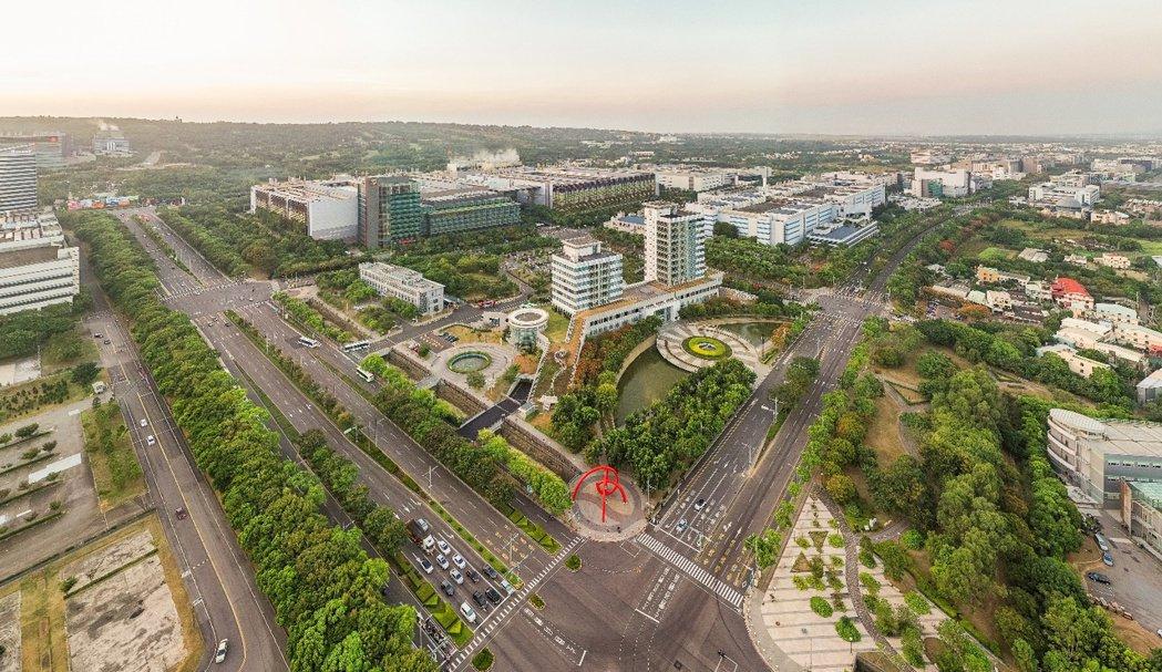 中科園區是台中市最重要的經濟、創新發展基地,在中科路直達水湳經貿園區的開通下,帶...