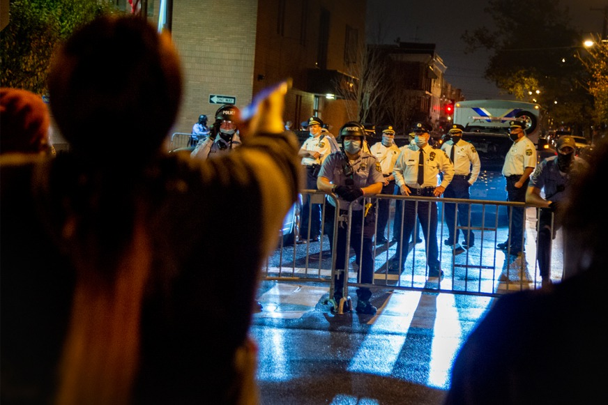 美國再傳警察射殺非裔 賓州費城爆發街頭示威
