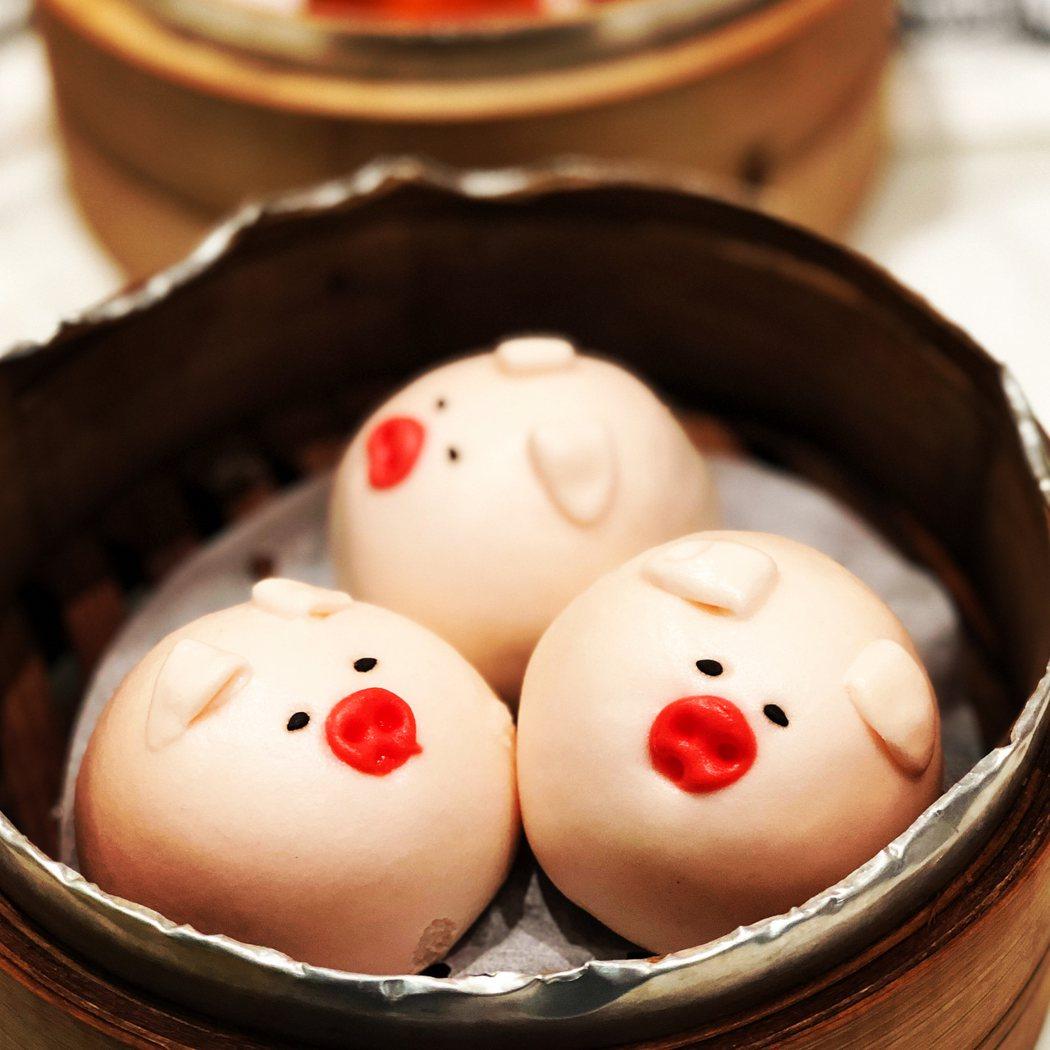 ㄧ籠叉燒豬 158元/3件,好療癒的小豬啊,都捨不得吃了!