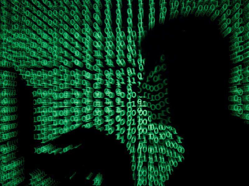 研究員指出,新冠肺炎疫情使民眾情緒不安、引發財務困境和日常人際支持網絡破裂,提供詐騙犯犯罪絕佳時機。路透