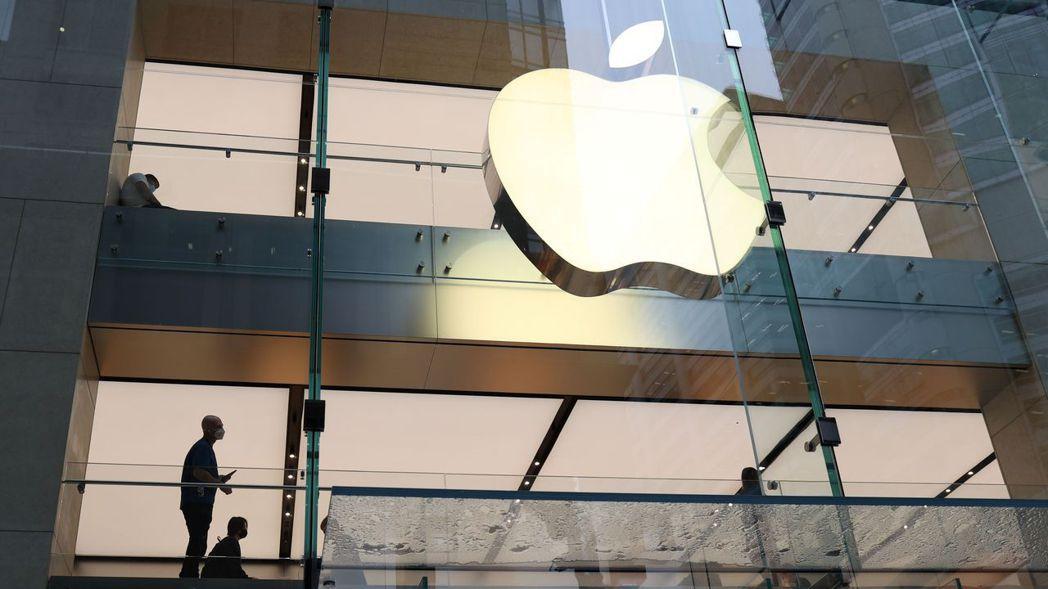 蘋果是周一道瓊唯一收盤上漲的成分股,上漲1美分。 (路透)