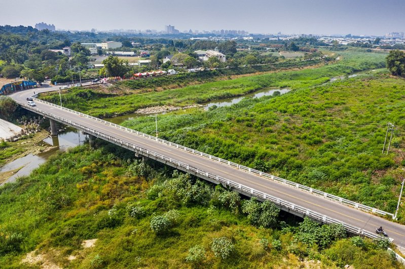 嘉義市廬山橋逢颱風常淹水,將蓋新廬山橋。圖/市府提供