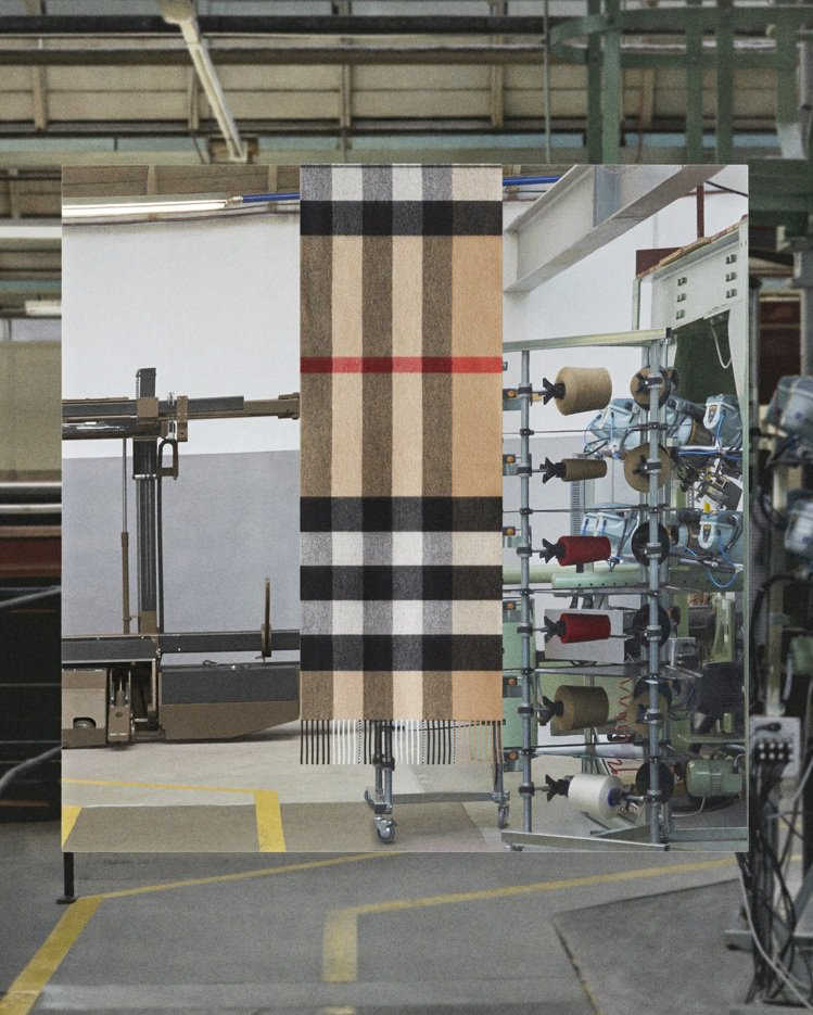 Burberry Cashmere Craft經典格紋喀什米爾圍巾,21,900...