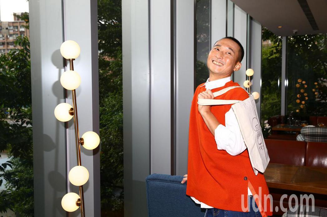 藝人浩子下午出席《房東阿嬤與我》新書發佈記者會。記者葉信菉/攝影