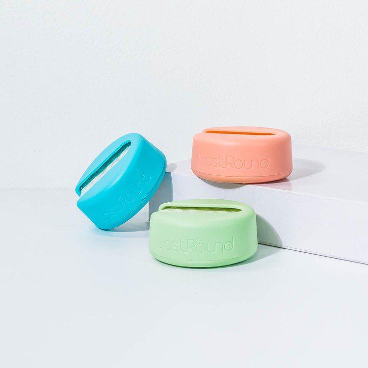 來自丹麥的北歐零感化妝棉,每片可循環使用達一千次,質地親柔,在國外掀起熱潮。 圖...