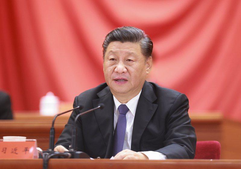 10月23日,紀念中國人民志願軍抗美援朝出國作戰70週年大會在北京人民大會堂隆重舉行。中共中央總書記、國家主席、中央軍委主席習近平在大會上發表重要講話。新華社