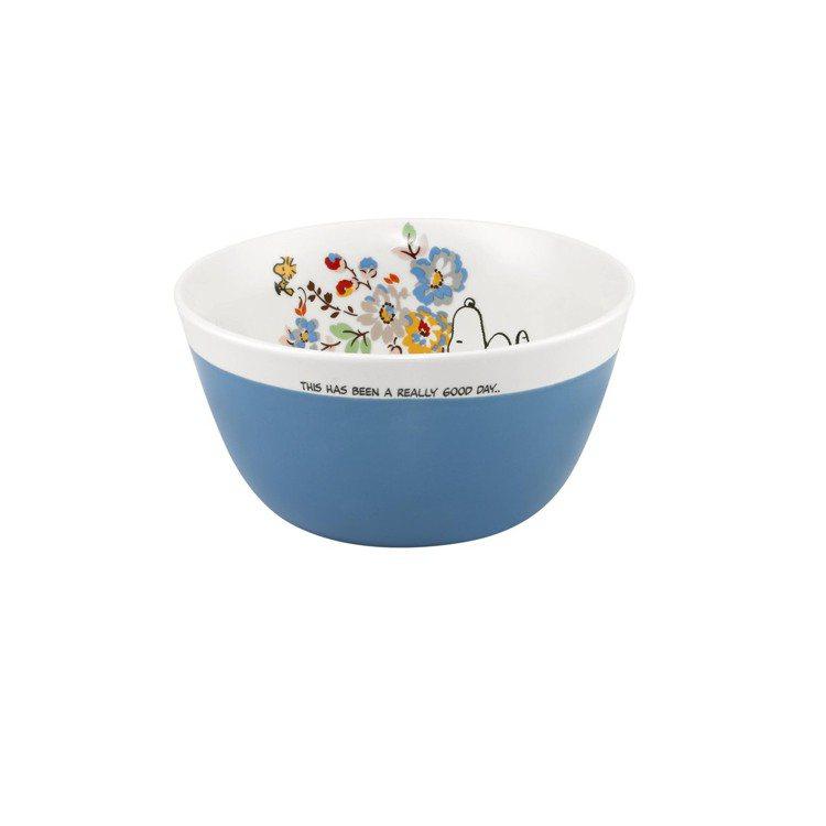 Snoopy聯名系列沙拉碗(天空藍),780元。圖/Cath Kidston提供