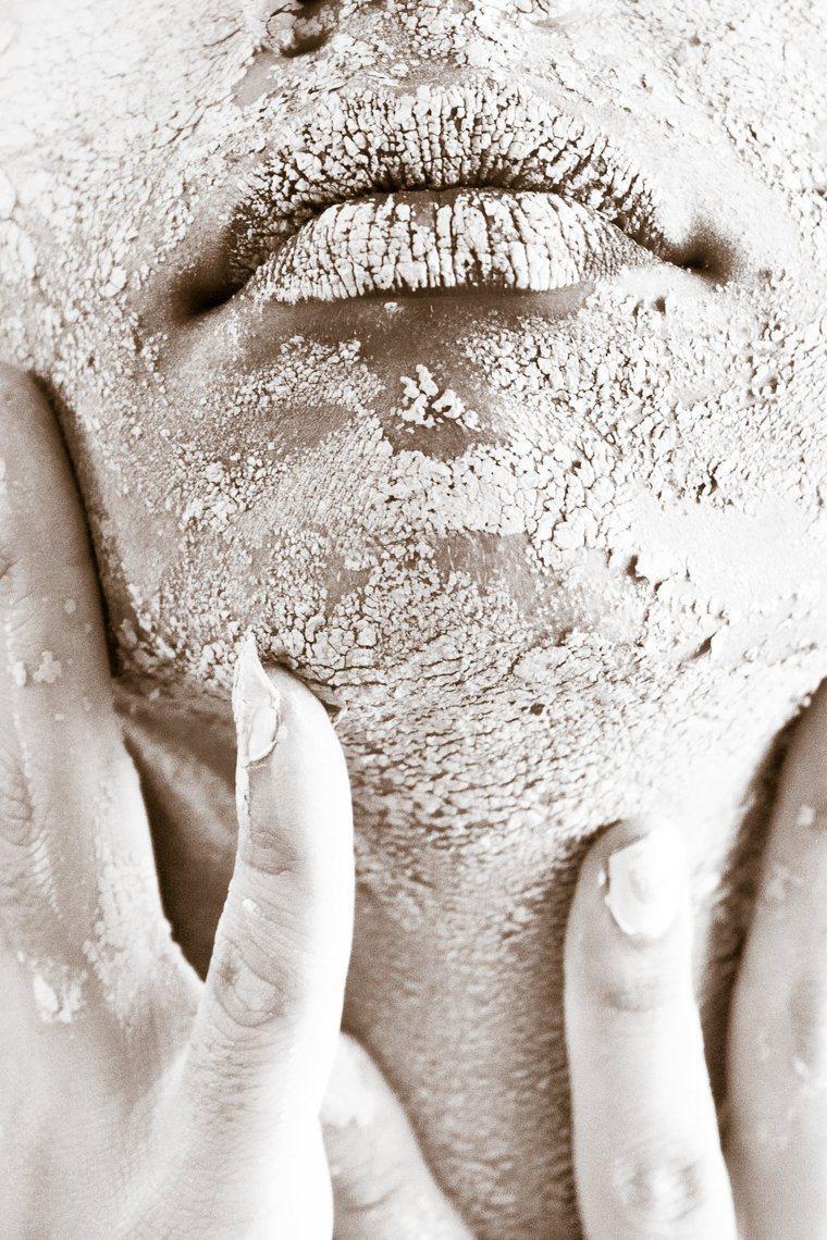 乾裂肌膚最容易出現在秋冬季。圖/摘自pexels