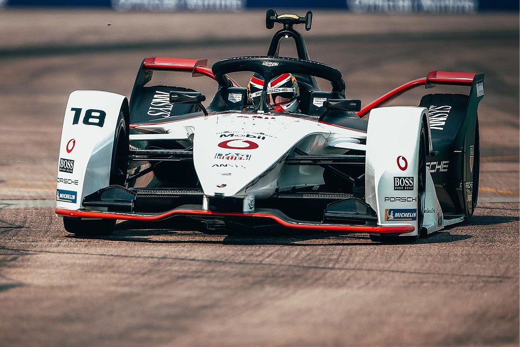 即將於明年1月展開的新賽季,Huneke已感受到Porsche TAG Heue...