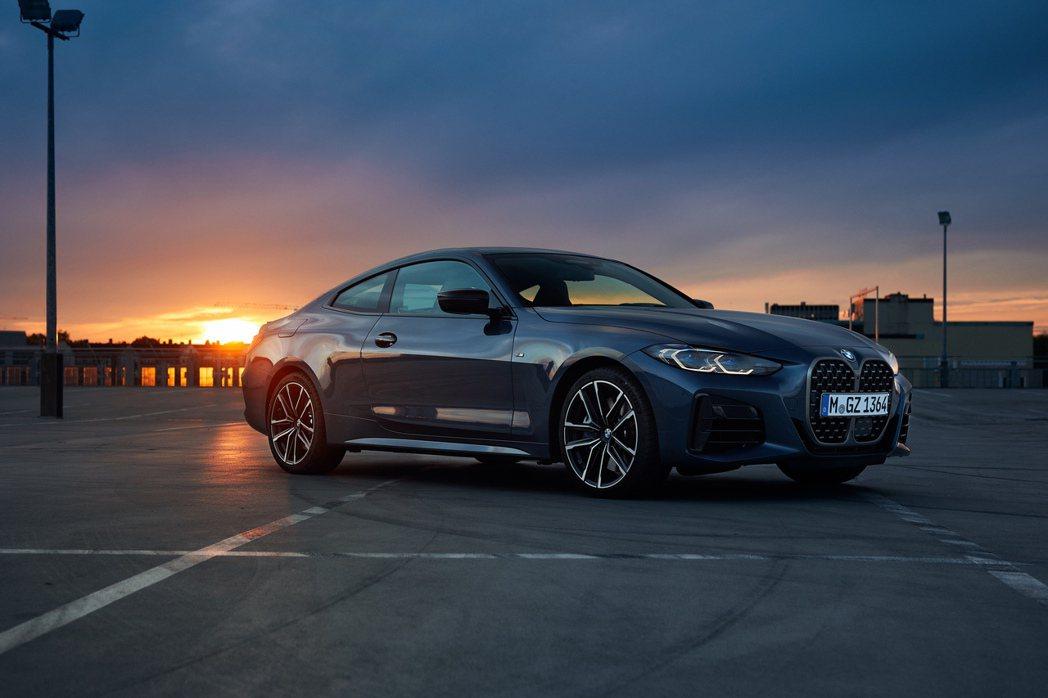 新世代BMW 4 Series Coupe悄悄上架汎德官網,公布預售價格! 摘自...