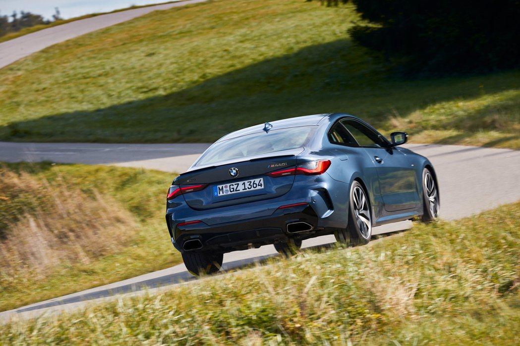 藉由新世代車型的問世,BMW首度為4 Series提供了隸屬於M Perform...