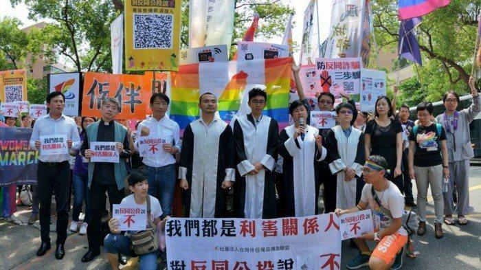 陳思豪牧師致力於推動婚姻平權。  圖/陳思豪 提供