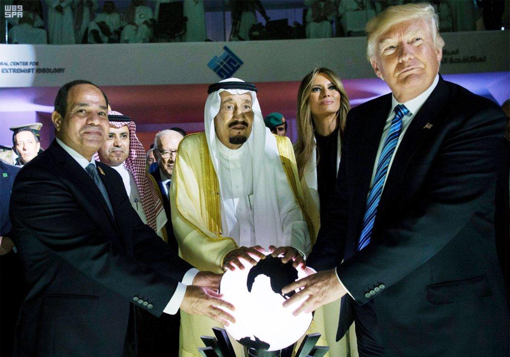美國在背後大力促成歷史性的以色列-阿拉伯世界和解,卻又可能產生「新中東問題」。 ...