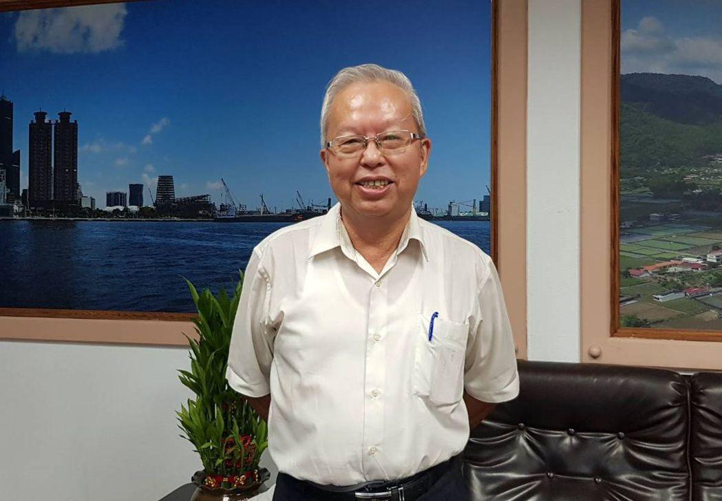 高市勞工局局長李煥熏表示,「福企金賞」活動就是希望用實際行動來力挺高雄在地優質企...