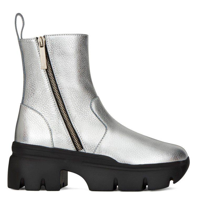 APOCALYPSE ZIP軍靴。圖/Giuseppe Zanotti提供