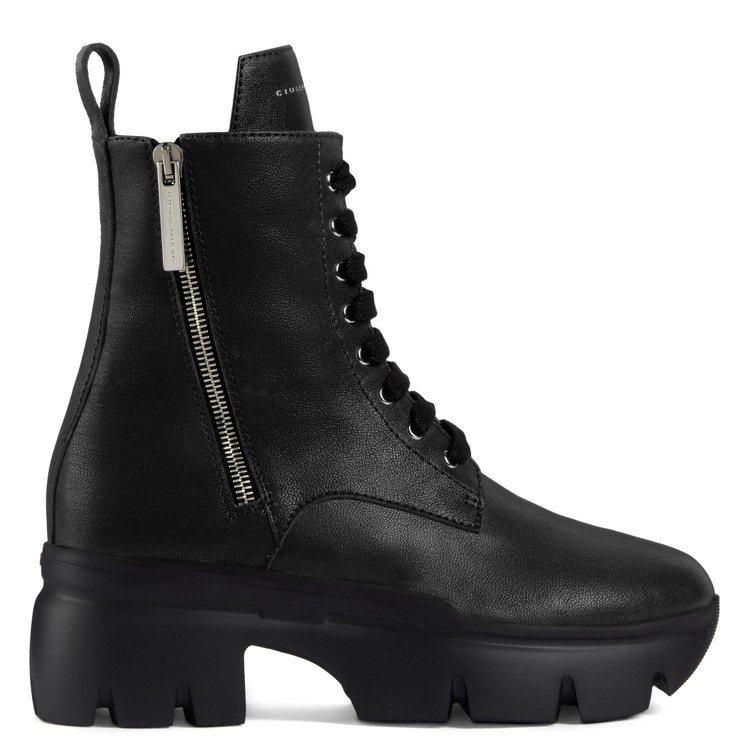 APOCALYPSE軍靴。圖/Giuseppe Zanotti提供