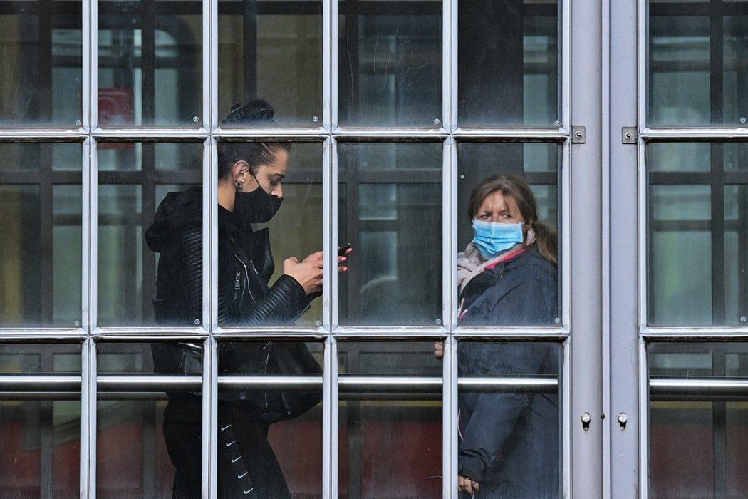 2019年秋季,法國的醫療系統就一度因為急性細支氣管炎的病例大增而能量緊張。針對...