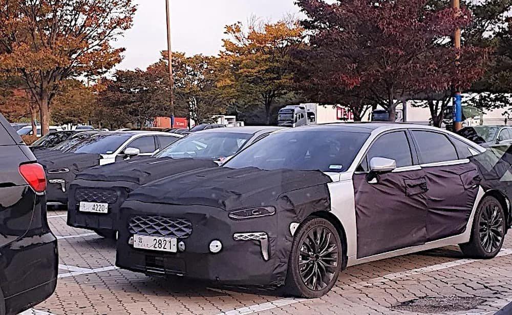 全新第三代Kia K7/Cadenza (原廠代號GL3) 偽裝測試車。 摘自A...