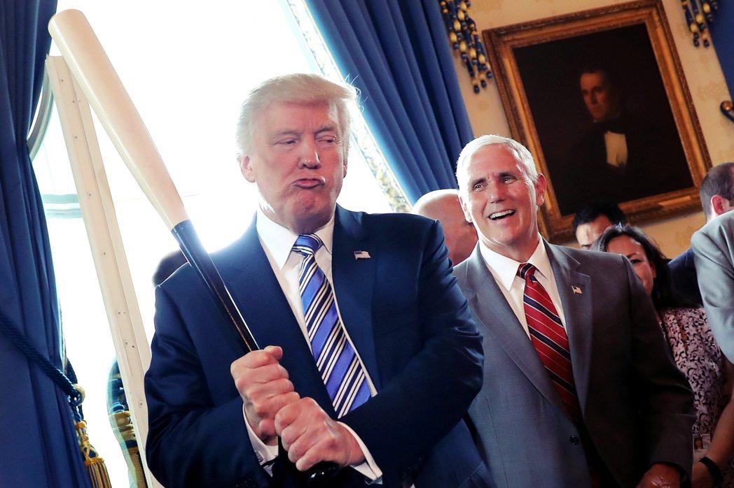 川普可以透過指定接班人或代理人,繼續影響共和黨的未來——其中,副總統彭斯(後)尤...