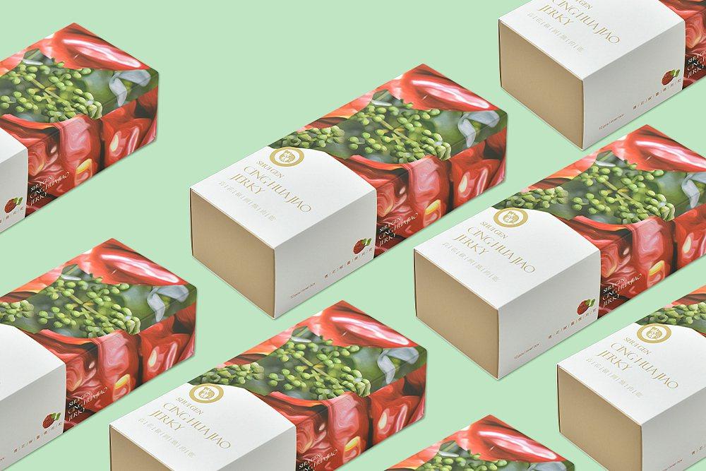 水根肉乾全台首創「青花椒」口味的肉乾,搭配鮮紅典雅霧面禮盒設計,簡約不失質感,更...