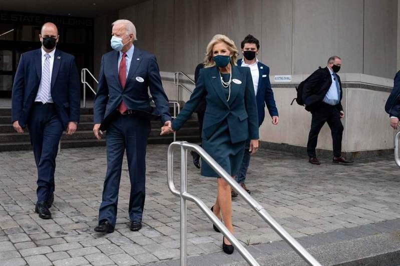 民主黨總統候選人拜登(Joe Biden)28日在德拉瓦州提前投下自己的選票。 法新社