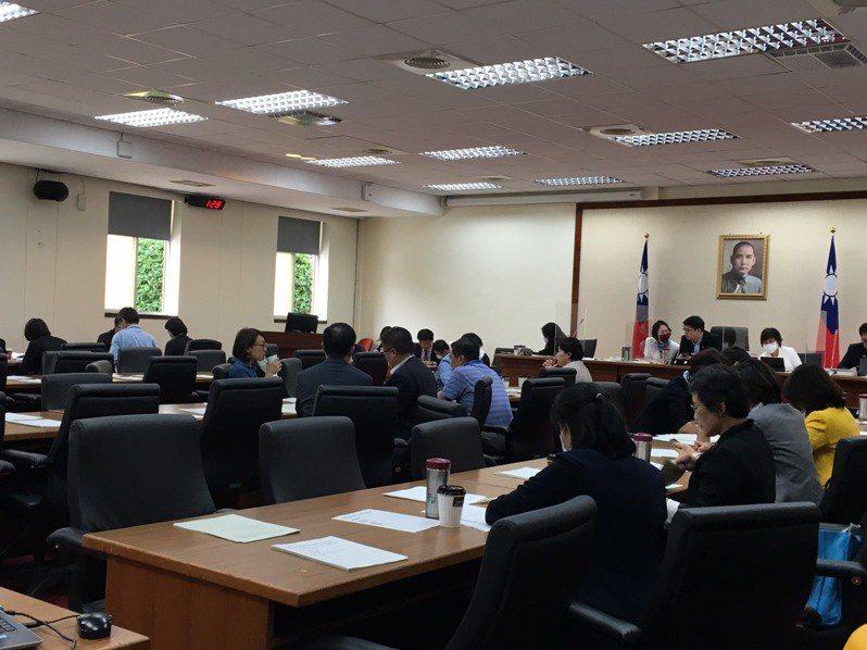 立法院經濟聯席委員會今天審查農委會開放萊豬行政命令。記者吳姿賢/攝影