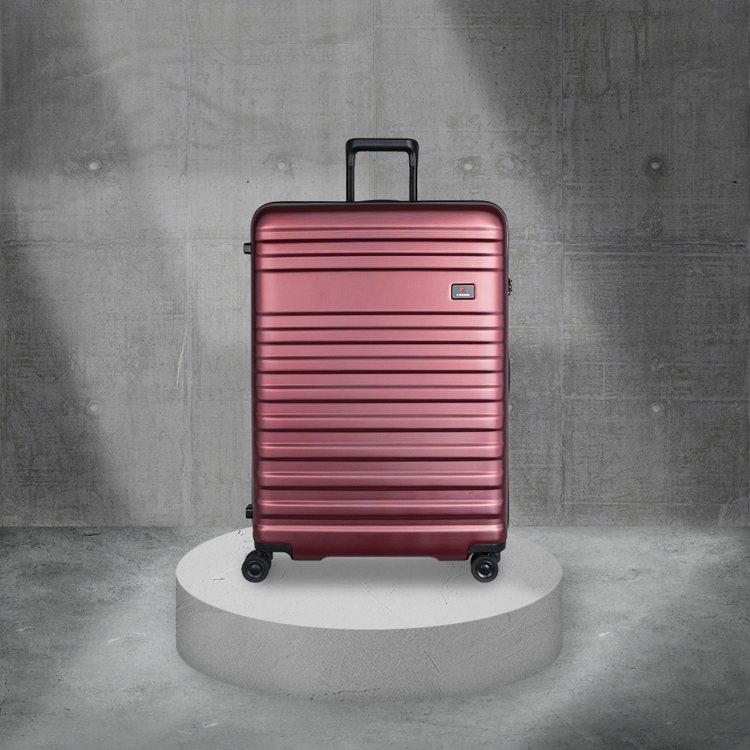 CROWN珠光橫紋登機箱原價5,980元(特價1,980元)。圖/CROWN提供