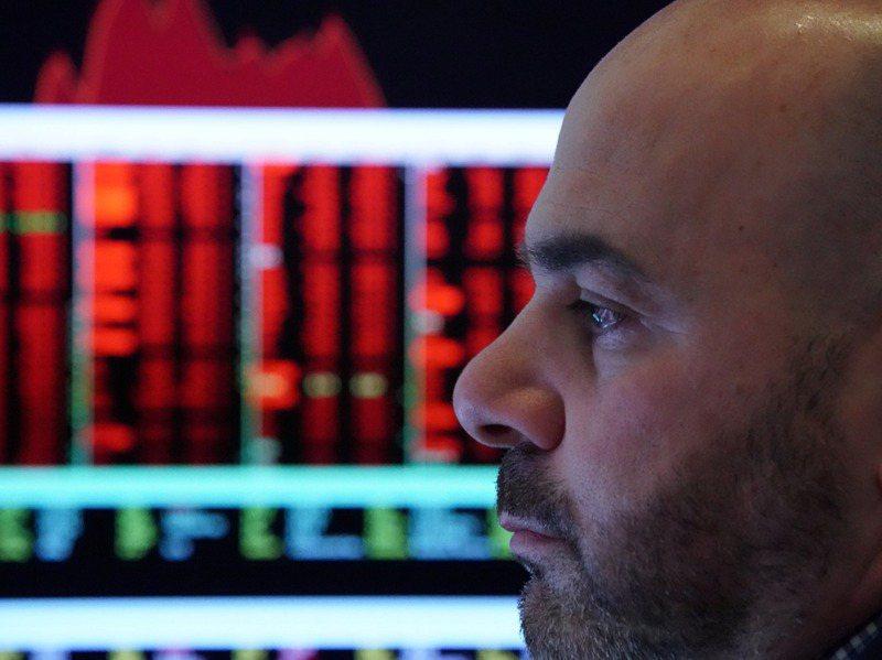 外商銀行大都認為,對金融市場來說,若川普連任對市場是「短多,但長期不確定性高」,若拜登當選則是「短空長多」。路透