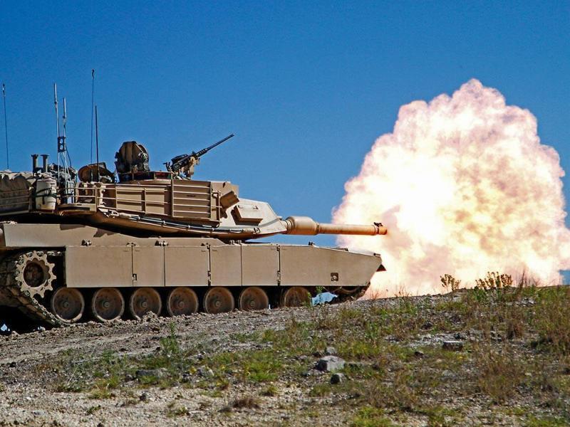台灣在軍售案獲得的武器裝備,往往不是國軍真想要的,而是美國要賣的東西,圖為美對台軍售項目的M1A2戰車。圖/美國陸軍檔案照