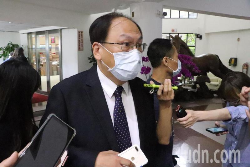 新北市捷運局長李政安表示,不管是樹木、噪音都有配套措施來解決,會再請台北市捷運局與民眾多溝通。記者吳亮賢/攝影