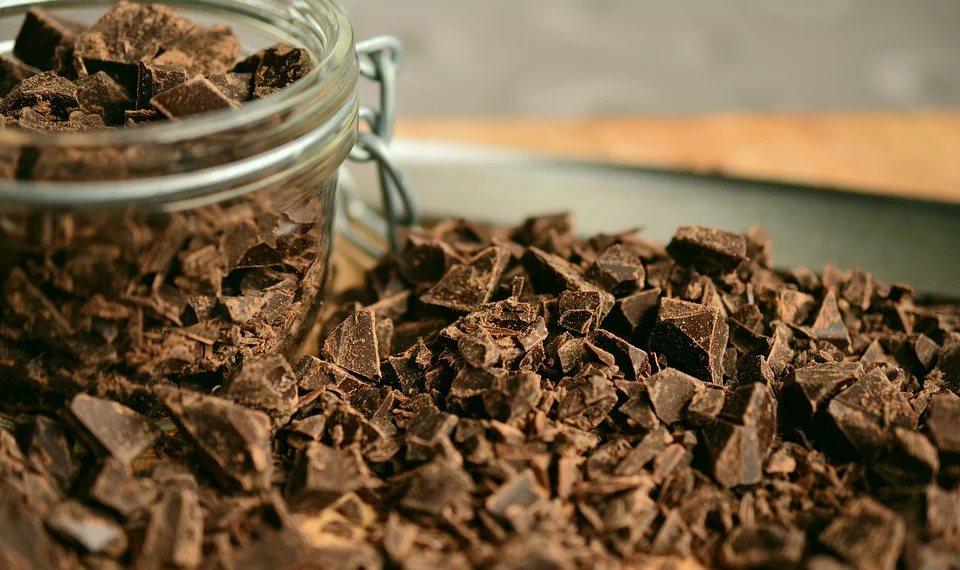 巧克力原料-可可中富含的類黃酮有抗氧化的作用,能夠避免身體被自由基的傷害。 圖/...