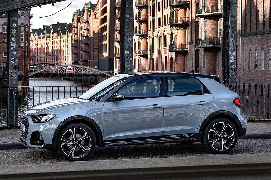 Audi A1車系旗下的Citycarver車款在本次Autonis評選中,更以...
