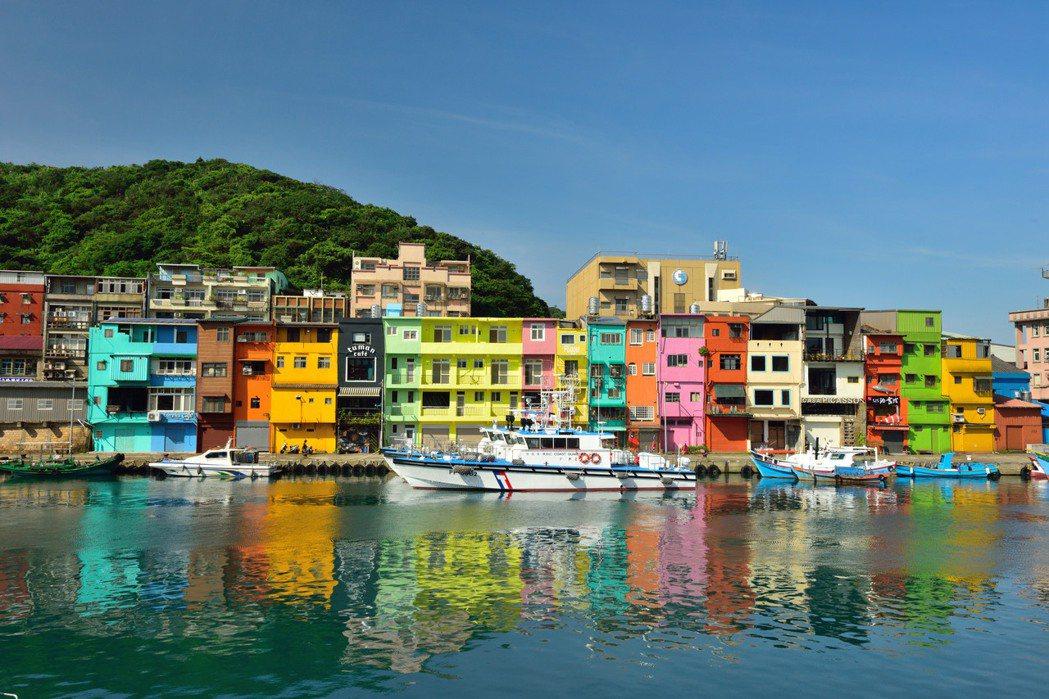 正濱漁港色彩屋。業者/提供