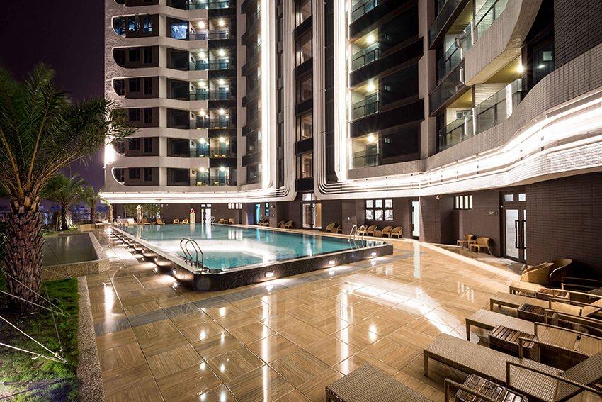 最佳特色空間-村却國際溫泉酒店。 時尚漫旅/提供