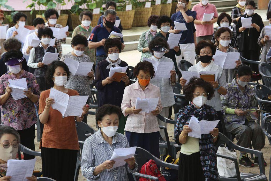 韓國至今累計確診2萬6385例,463例病歿,政府表示,疫情傳播速度較防疫當局控...