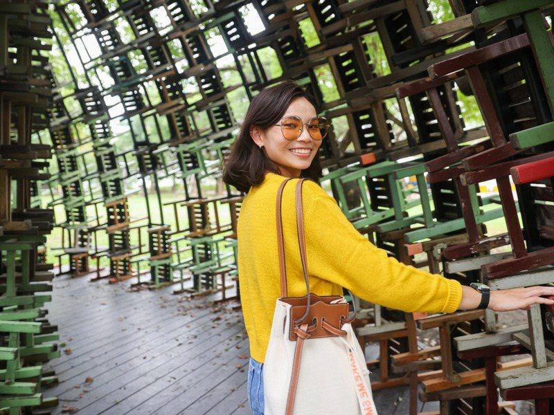 羽球好手戴資穎為家鄉觀光代言,她在影片中有許多令人驚豔的造型,讓人看到「小戴」另一面。圖/高雄市觀光局提供