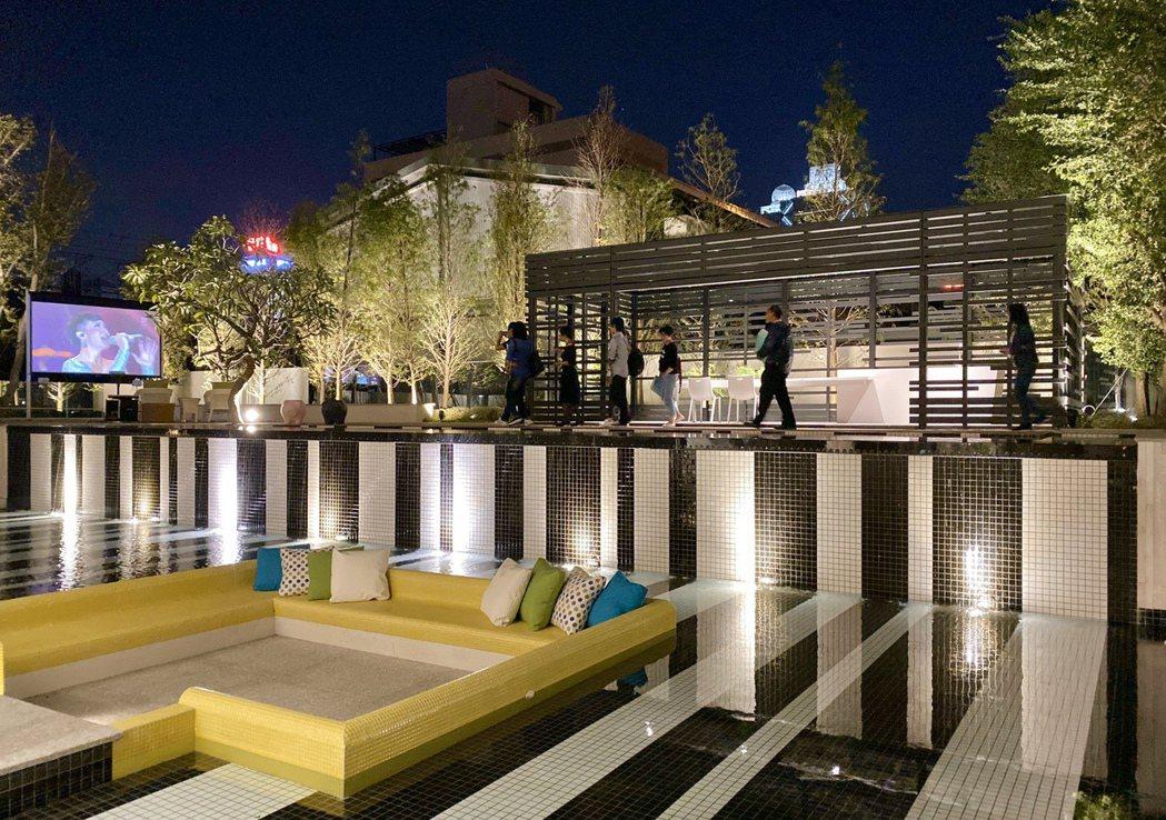 「懋榮Next 1」打造宛若時尚飯店的氛圍,並將峇里島Resort風格融入空間。...