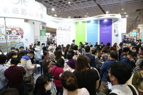 台北國際旅展「國旅超熱」!餐券賣翻倍、百萬刷手現身
