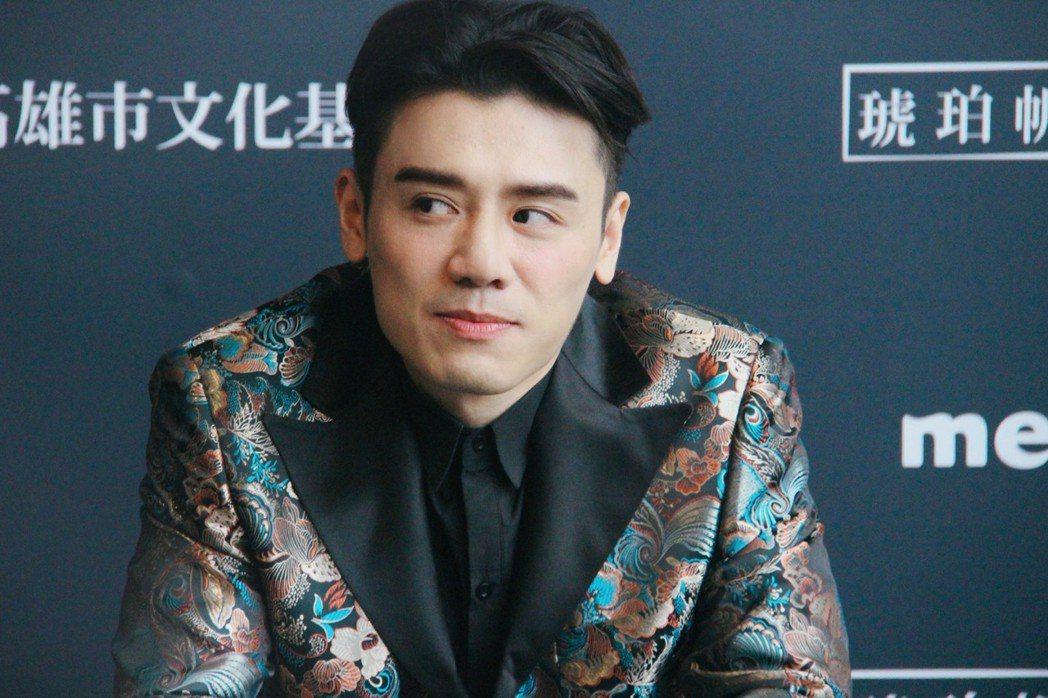 邱志宇主演新片「戀愛好好說」與姚愛甯有多場相愛相殺的感情戲。圖/海鵬提供