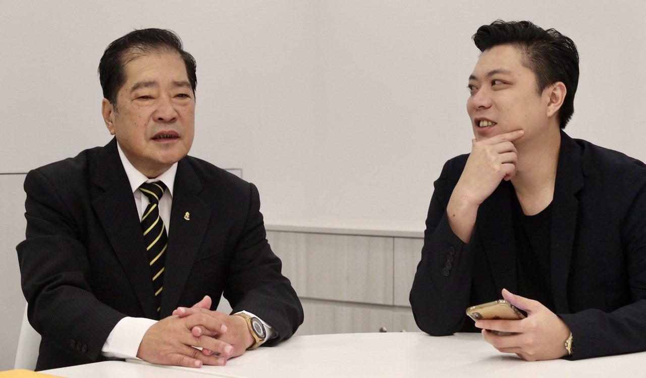 兩個大男人在美妝事業投注心力,也開啟父與子的對話。 記者黃義書/攝影