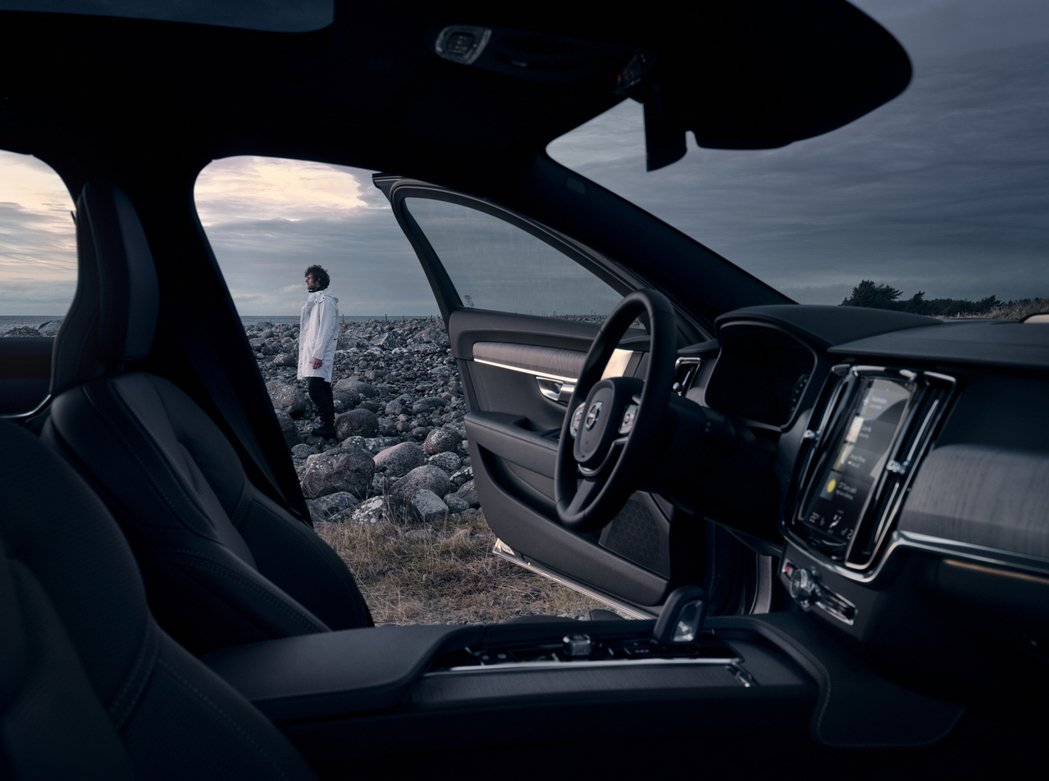 Volvo V90 Cross Country 承襲 90 旗艦車系直覺式 9 ...