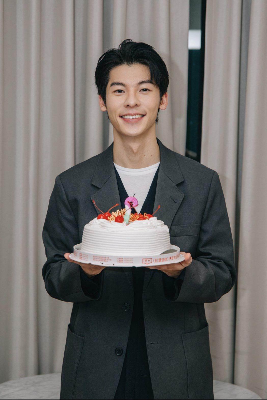 許光漢今天迎接30歲生日,想買車作為自己的生日禮物。圖/何樂音樂提供